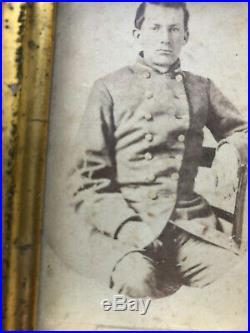 Civil War photo of Confederate officer in original frame